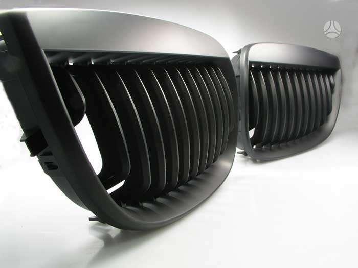 BMW 1 serija. tuning dalys. priekines groteles bmw  1 serija