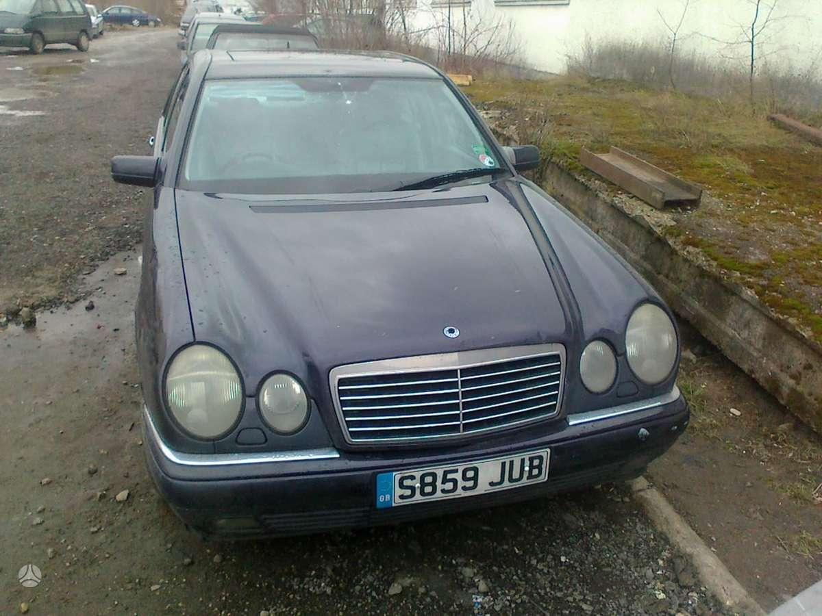Mercedes-Benz E300 dalimis. Mercedes-benz e300 1998 3.0l diesel (