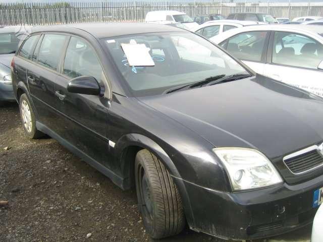 Opel Vectra. Vairas dešinėje  darbo laikas: i-v 9:00-17:00