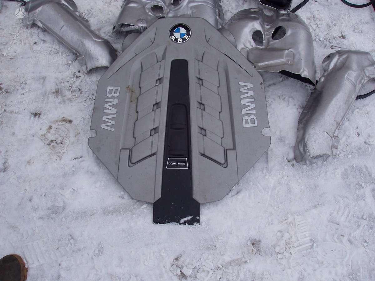 BMW 750. Variklio dalys