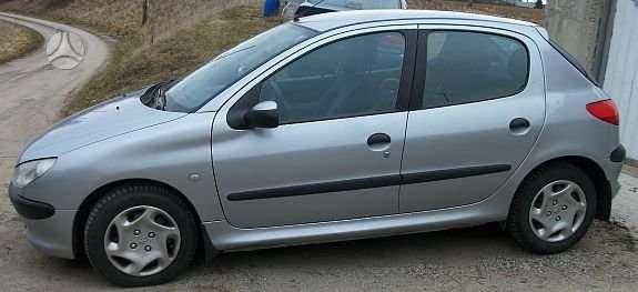Peugeot 206. Dalimis