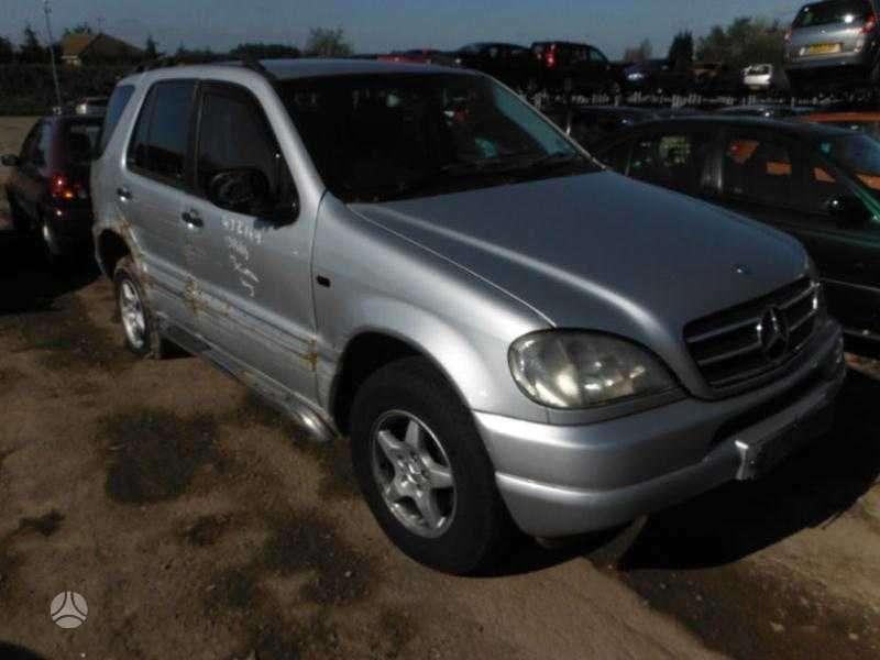 Mercedes-Benz ML270. Ml 270cdi, lieti ratai,juodas odinis