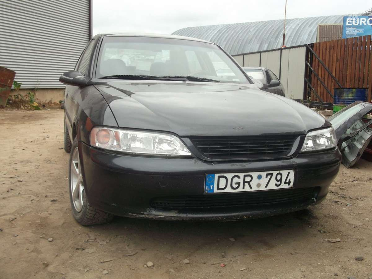 Opel Vectra dalimis. Opel vectra 99m. 2.0, , r 15 lieti