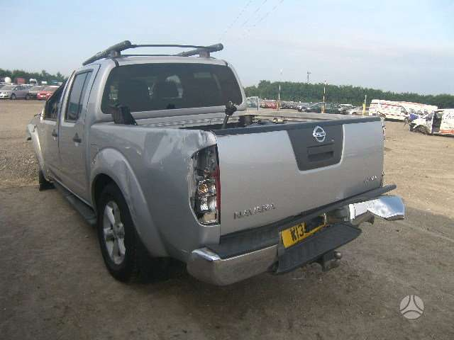 Nissan Navara. 2.5 tdi mechanika dalimis is anglijos