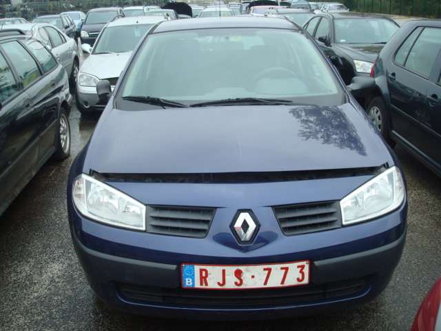 Renault Megane. Europa  tel 8 5 2436774 8 699 30626 8 650