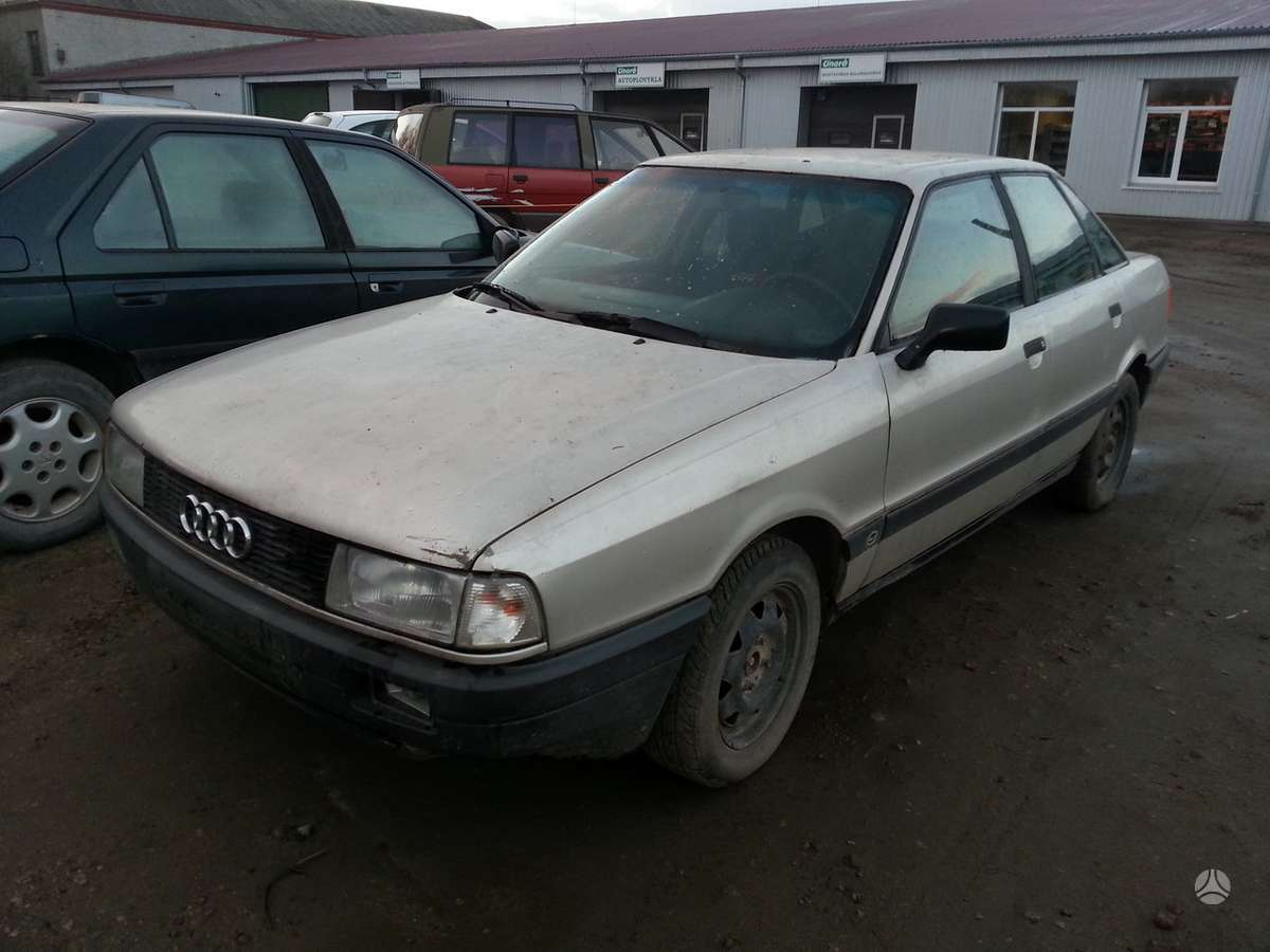 Audi 80 dalimis. Prekyba originaliomis naudotomis detalėmis.