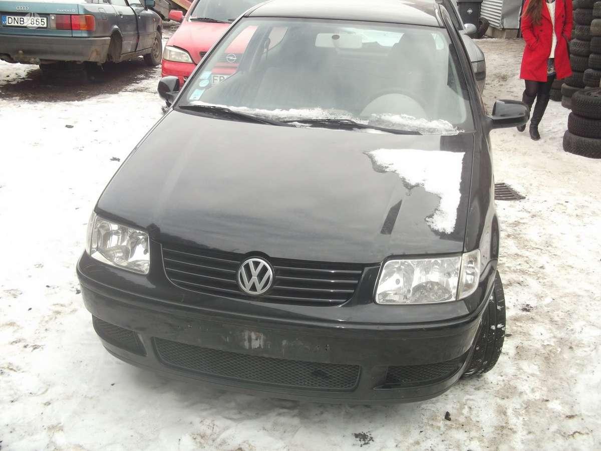 Volkswagen Polo dalimis. Volksvagen polo 00m. 1.4mpi, , r 14