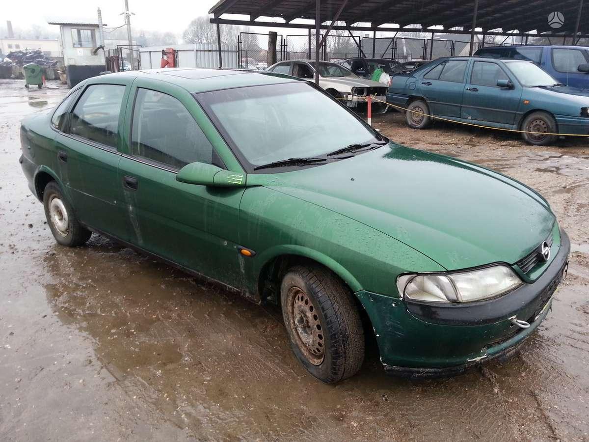 Opel Vectra dalimis. Prekyba originaliomis naudotomis detalėmis.
