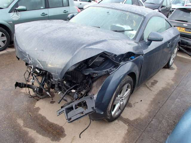 Audi TT dalimis. Siunciam auto detales i kitus lietuvos miestus