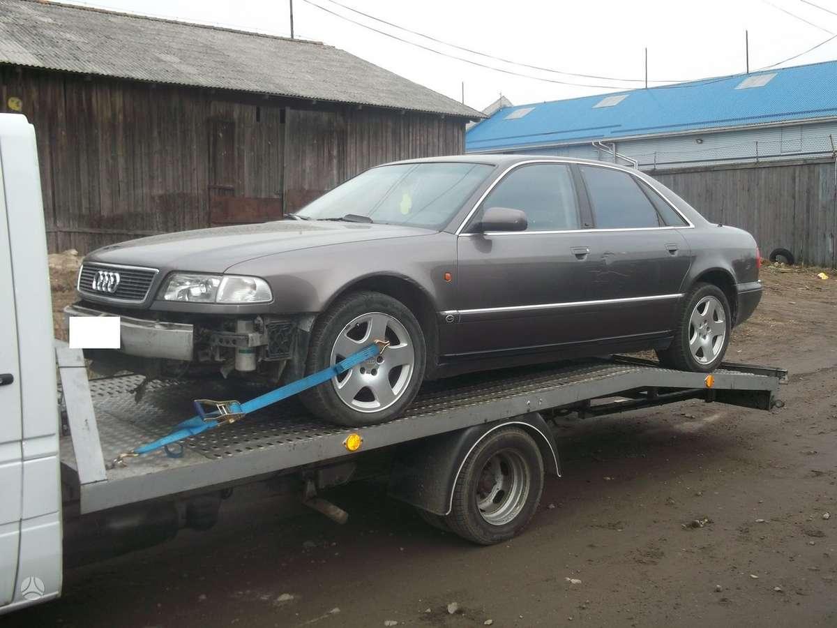 Audi A8 dalimis. Audi a8 97m.4.2l quatro,,dalimis,,r17