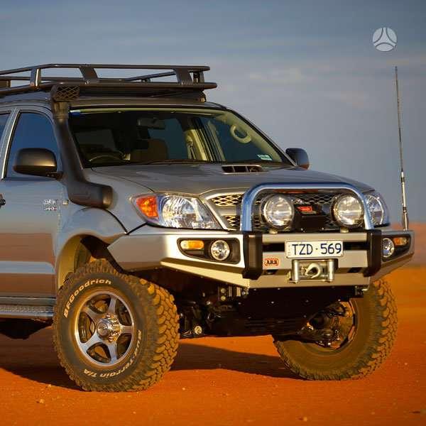Toyota Hilux. Arb sahara buferis toyota hilux. naujas. tinka