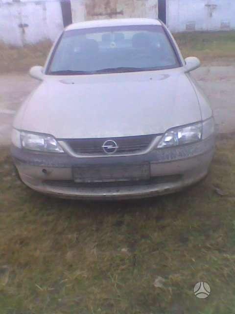 Opel Vectra. Yra kablys