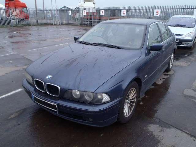 BMW 530. Platus bmw ir mercedes -benz daliu pasirinkimas