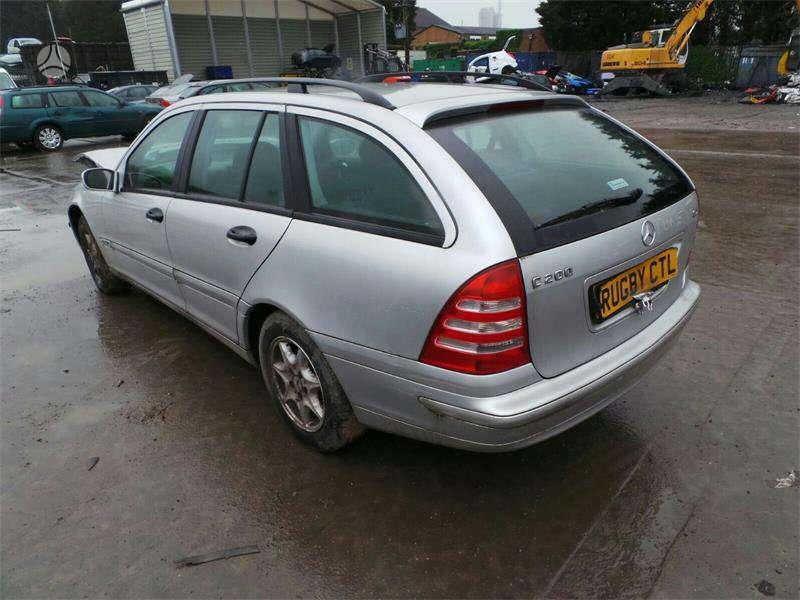 Mercedes-Benz C220. Mb c220 cdi automatas,lieti ratai dalimis