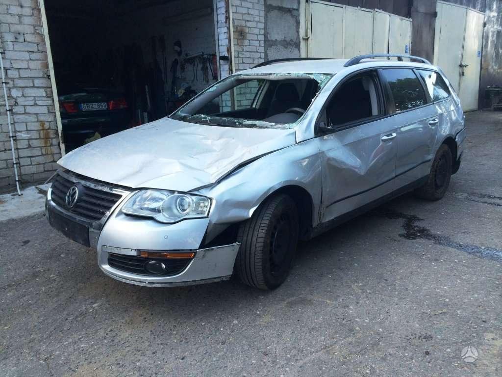 Volkswagen Passat. Europinis, dsg, parktronikai, variklis cba