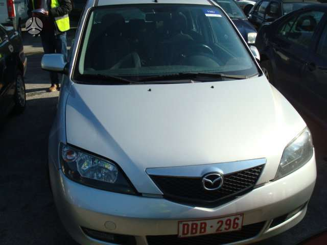 Mazda 2. Europa,dyzelis - benzinas. galime detales persiusti i