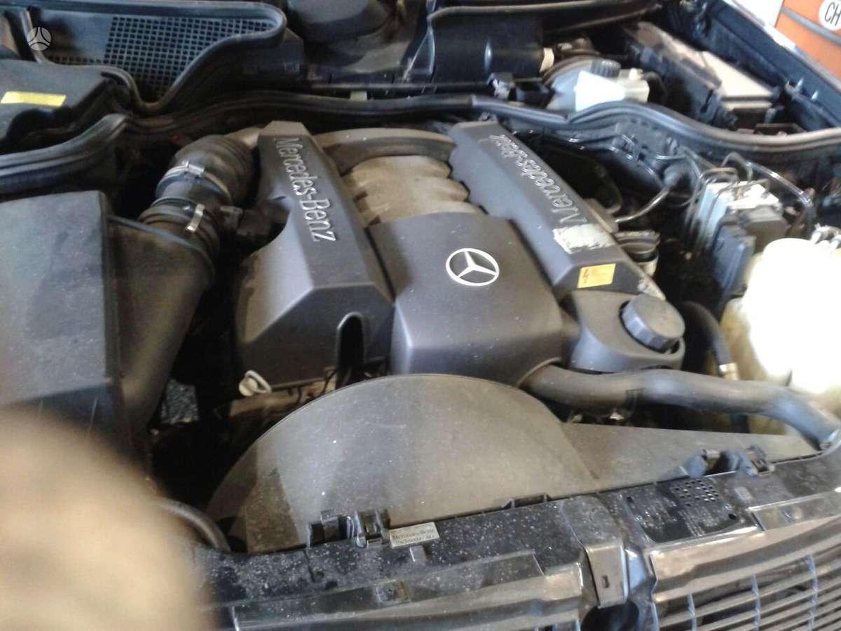 Mercedes-Benz E280. Variklio kodas  dėžės kodas: 722 665