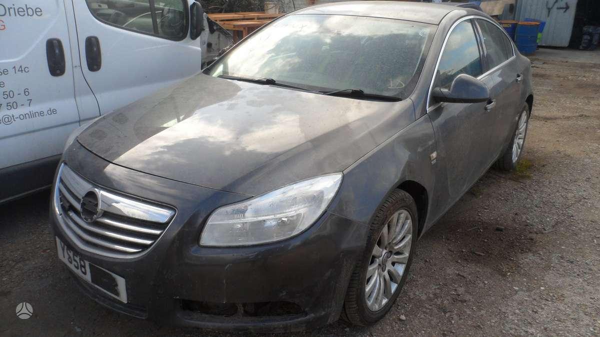Opel Insignia dalimis. Naudotos dalys