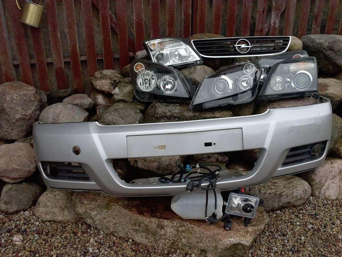Opel Astra. Pr. buferiai,  pr.grotelės, pr. žibintai xenon ir