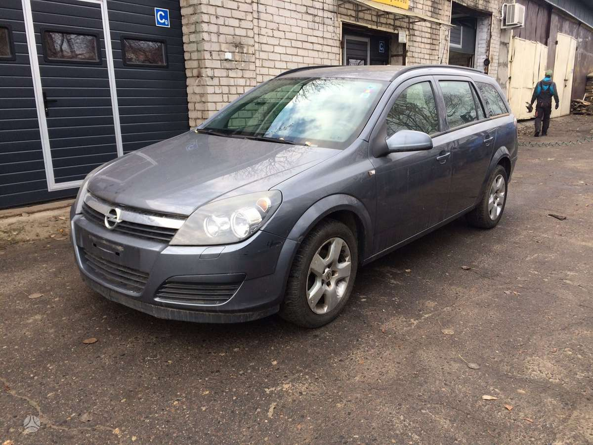 Opel Astra. Europine, 6 begiai  naudotos automobiliu dalys