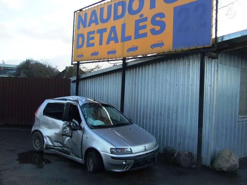 Fiat Punto. Uab