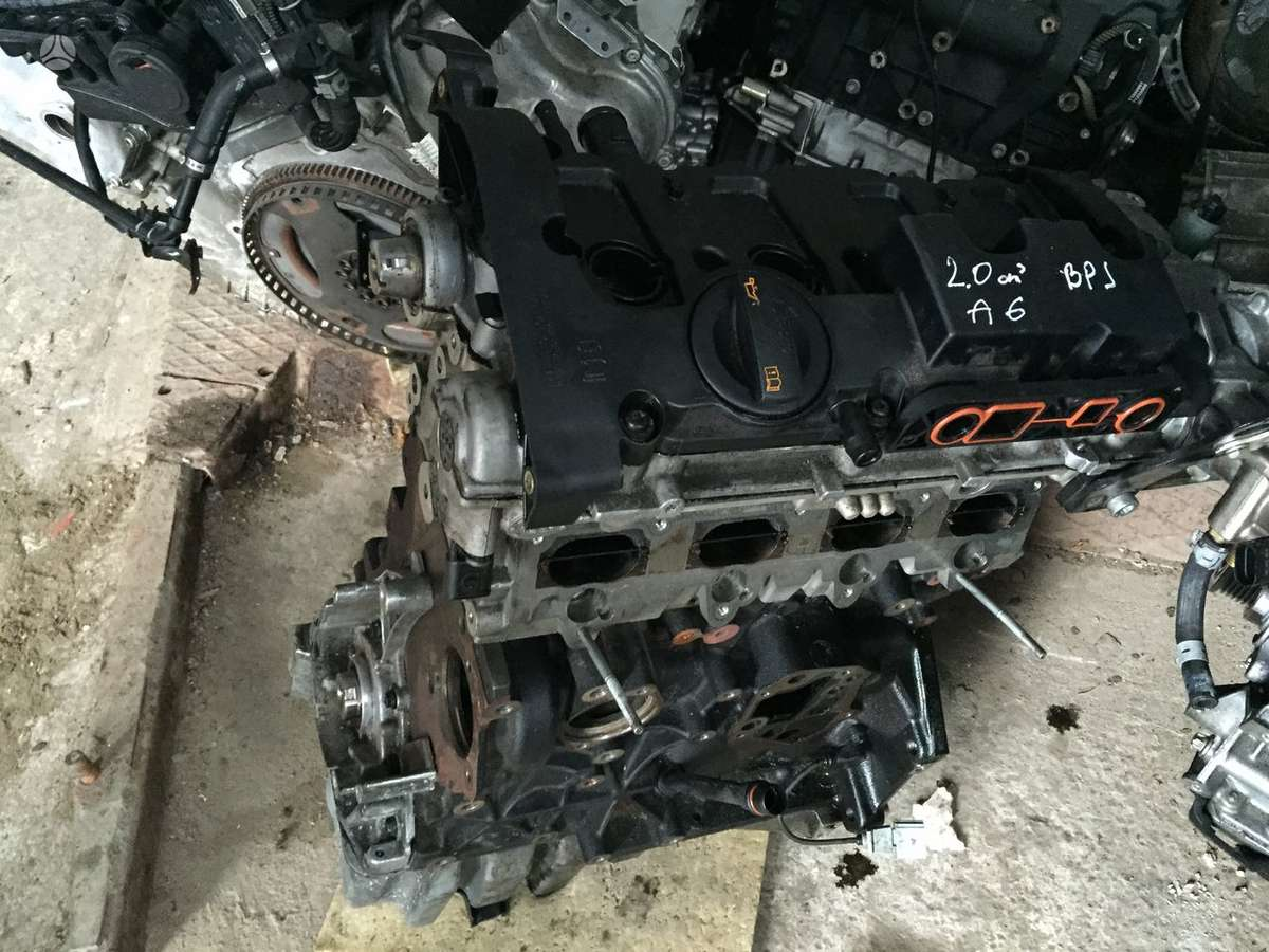 Audi A6. Bpj variklis  taip pat turime varikli dalimis