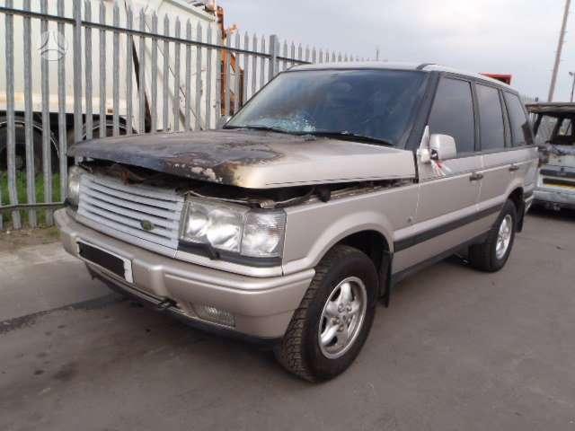 Land Rover Range Rover dalimis. Automobilis ardomas dalimis:  за