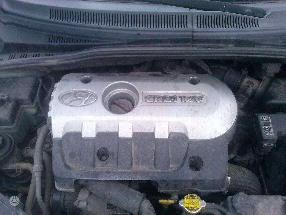 Hyundai Matrix. Tik variklis su dėže ir viskas aplink jį. siunč
