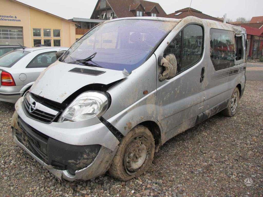 Opel Vivaro dalimis. Europa, automatas, keleivinis. taip pat yra