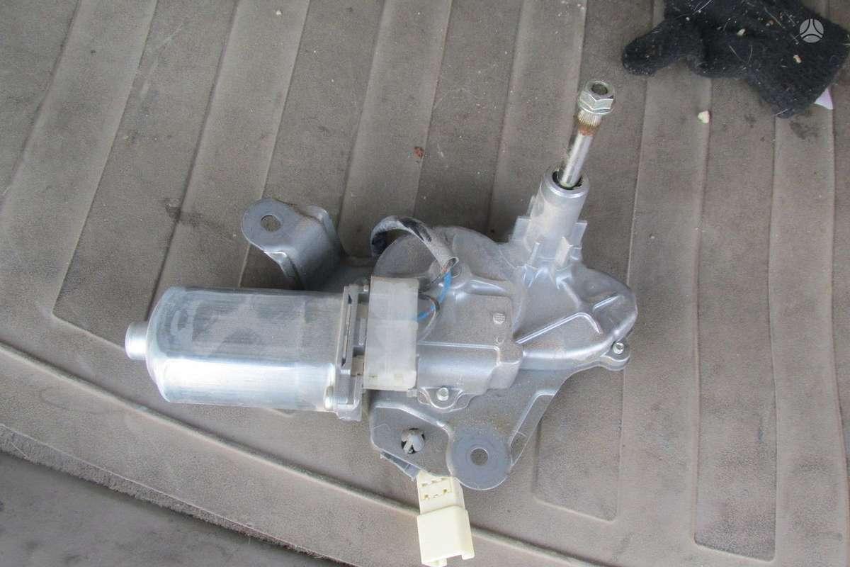 Mazda 5. Mazda 5 at instrument gauge cluster 2008-2009 ce5255471