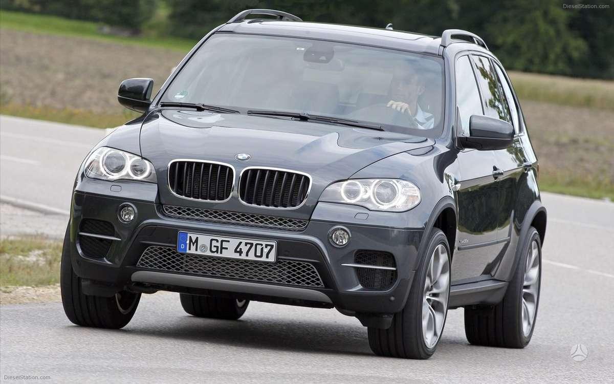 BMW X5. Naujų orginalių detalių užsakymas prieinamiausiomis