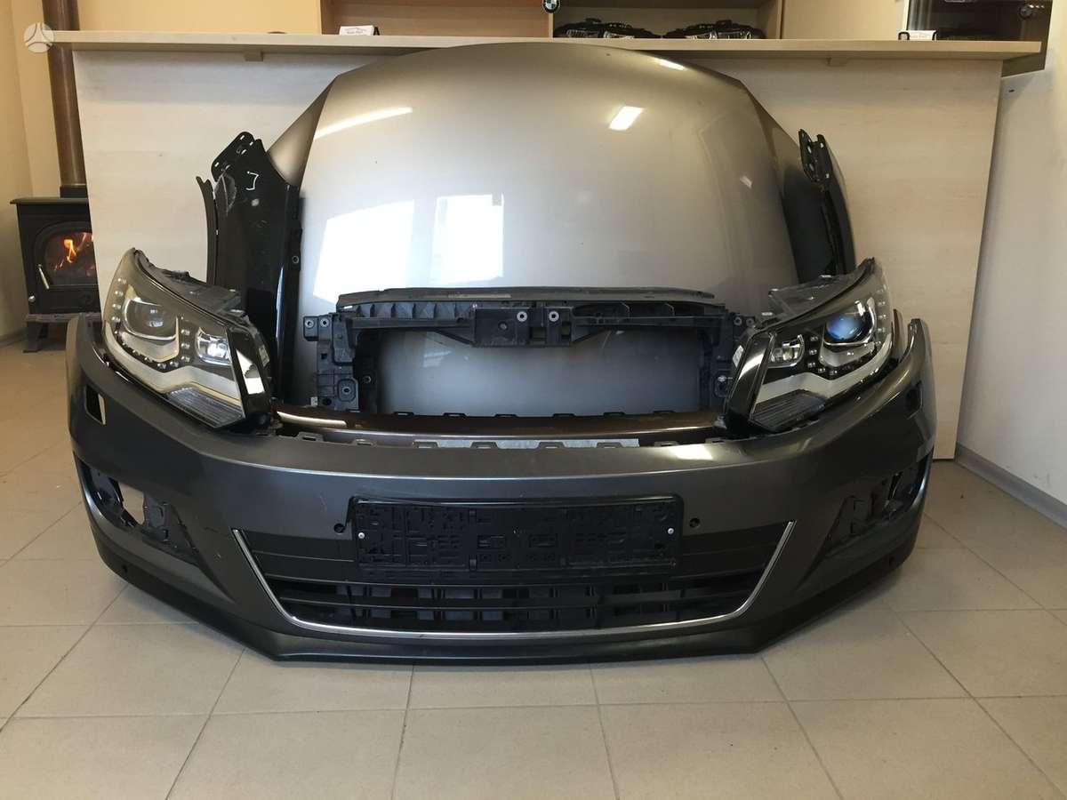 Volkswagen Tiguan. Tiguan kėbulo dalys.  atvežame dalis į jums