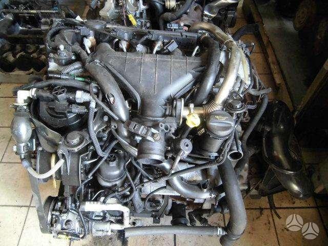 Peugeot 607 variklio detalės