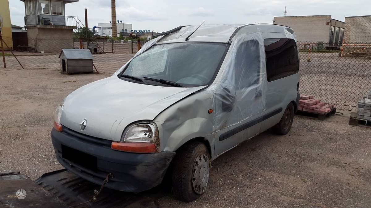 Renault Kangoo dalimis. Turime ir daugiau įvairių markių