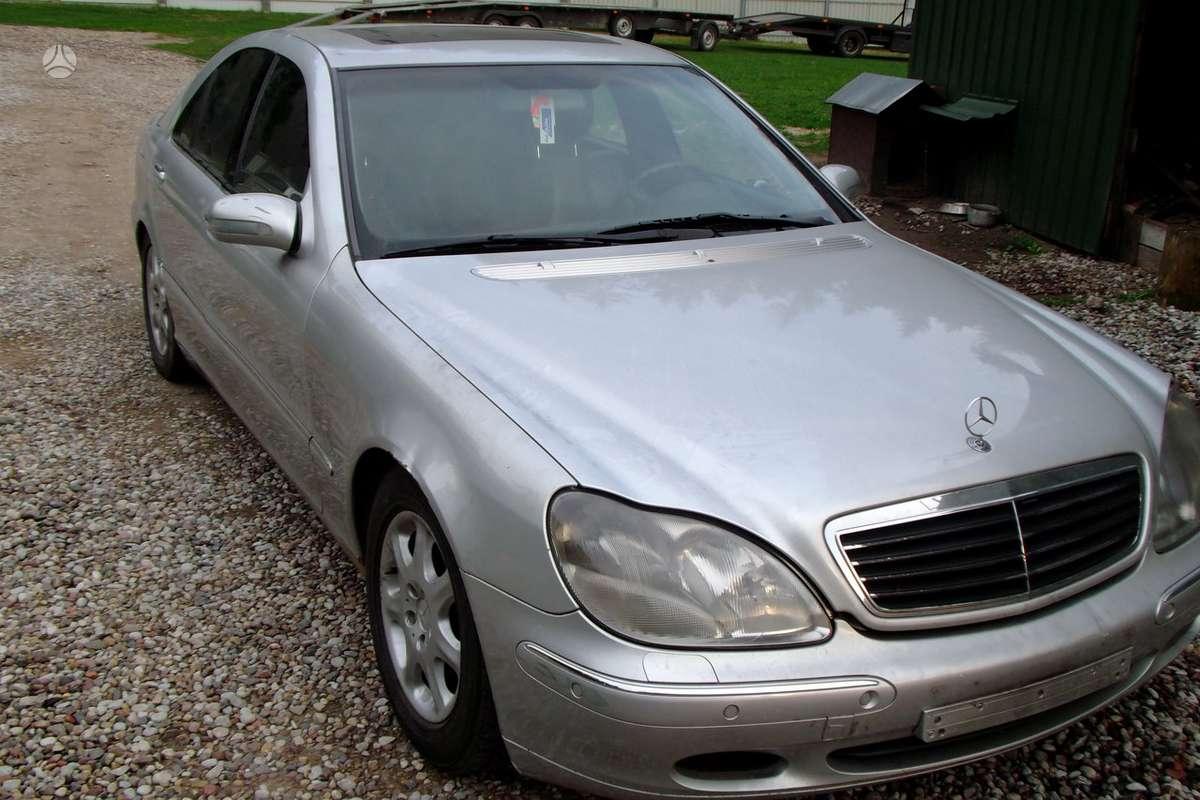 Mercedes-Benz S klasė dalimis. Automobilių dalys.........