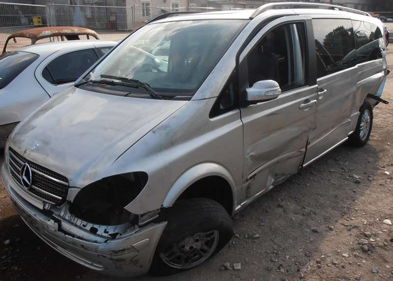 Mercedes-Benz VIANO, keleiviniai mikroautobusai