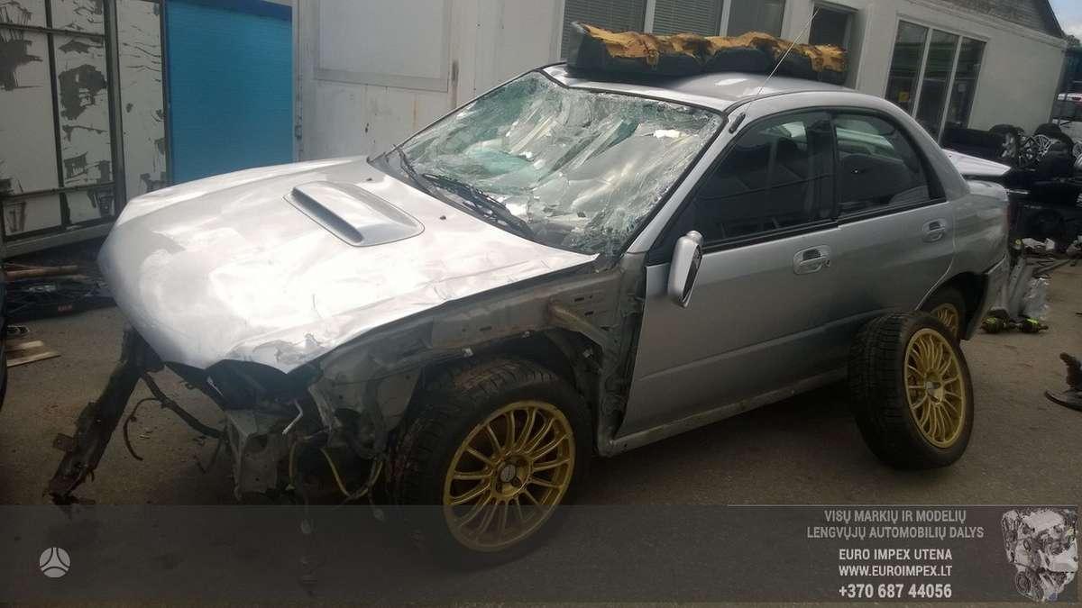 Subaru Impreza  WRX dalimis. Automobilis ardomas dalimis:  запас