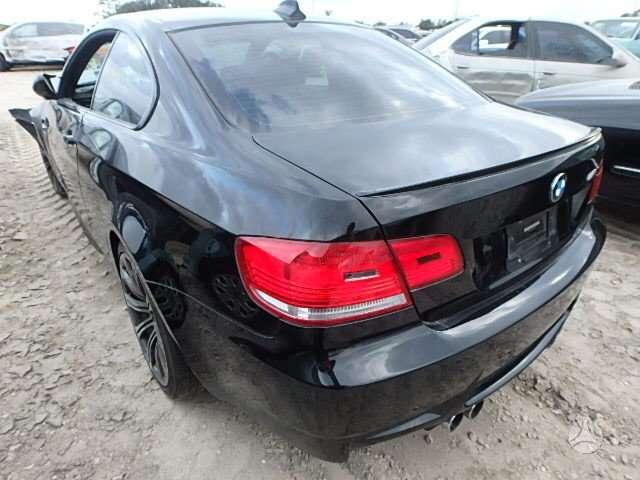 BMW M3. Automobilis parduodamas dalimis turime daugiau sitos