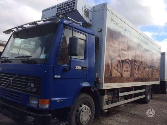 Volvo FL12, sunkvežimiai