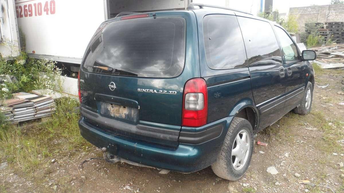 Opel Sintra dalimis. Naudotos dalys