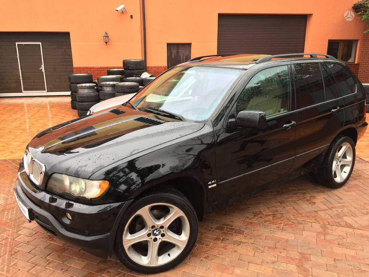BMW X5 dalimis. Bmw x5 4,6is 2002-2004m. dalimis ir bmw x5 3,
