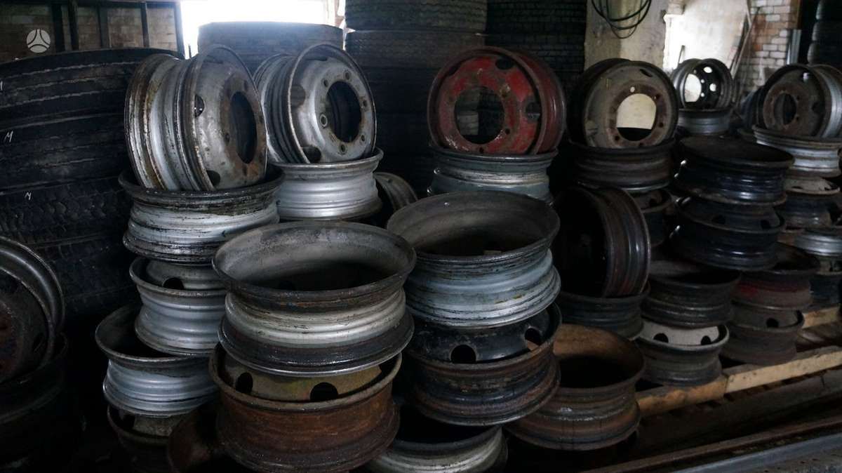 -Kita-, plieniniai štampuoti, R19,5