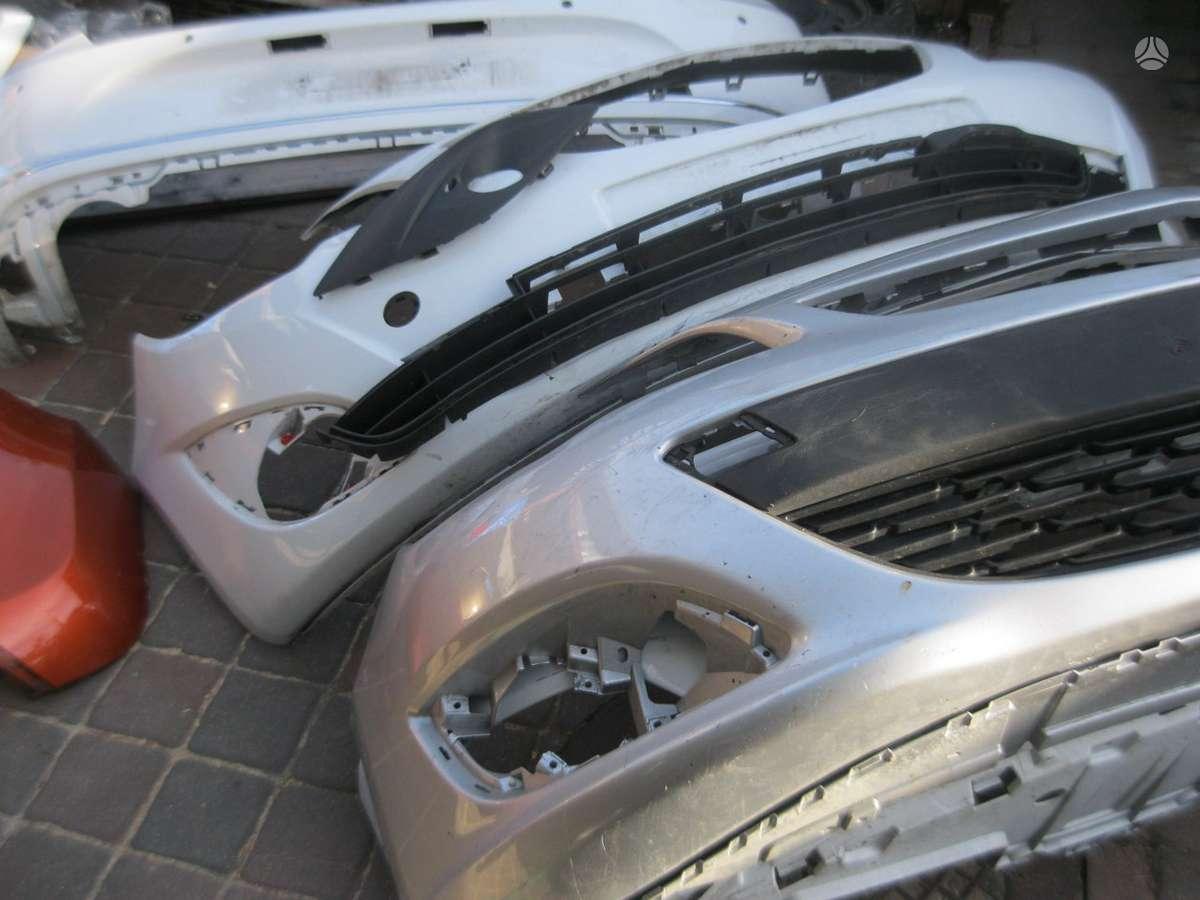 Opel Astra. buferiai --. radijatoriai---- sparnas----