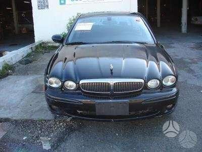 Jaguar X-Type. Automobilis dalimis turime daugiau sio modelio