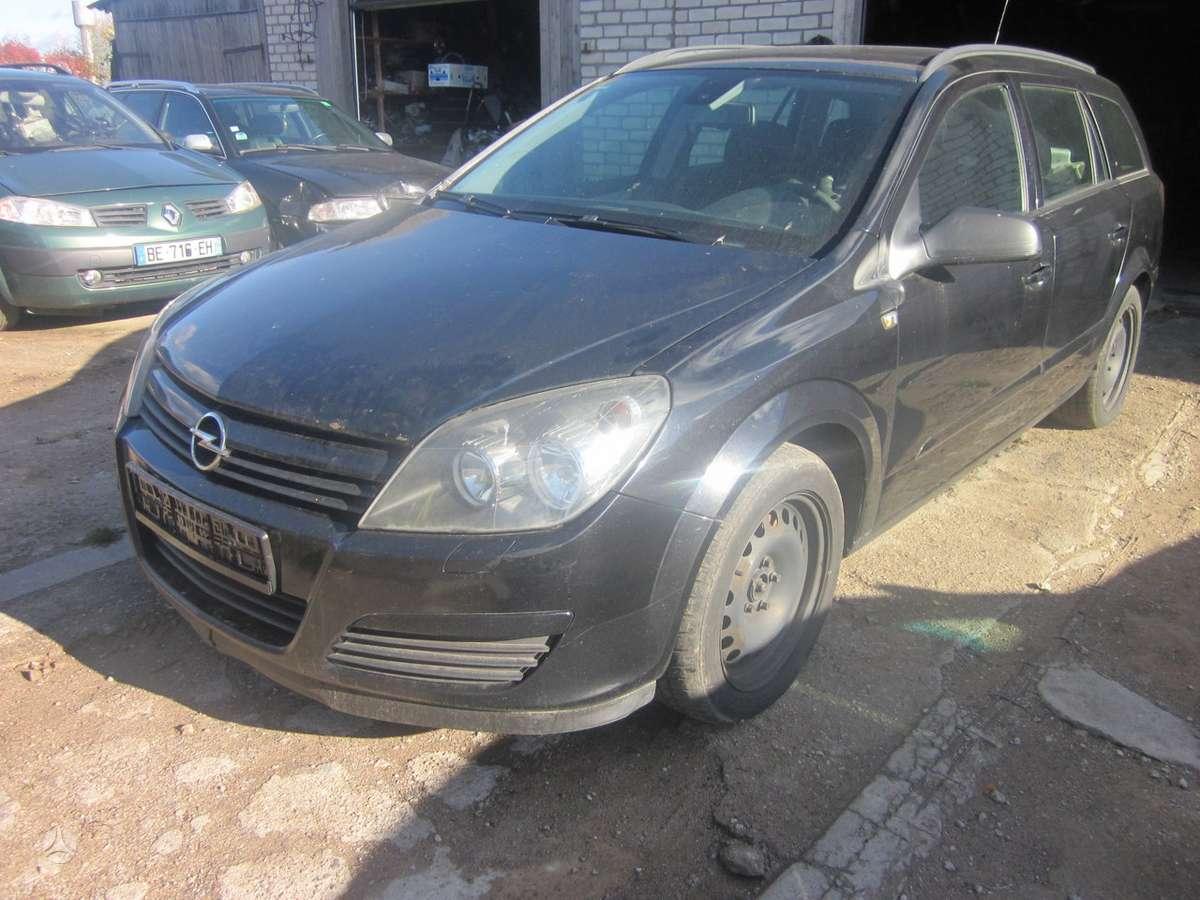 Opel Astra. Yra daugiau ardomu auto ir varikliu galimas
