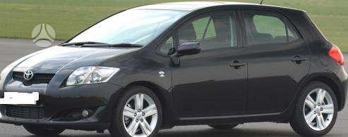 Toyota Auris dalimis. Kėbulo dalys, žibintai, radiatoriai.