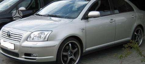 Toyota Avensis dalimis. Kėbulo dalys, žibintai, radiatoriai.