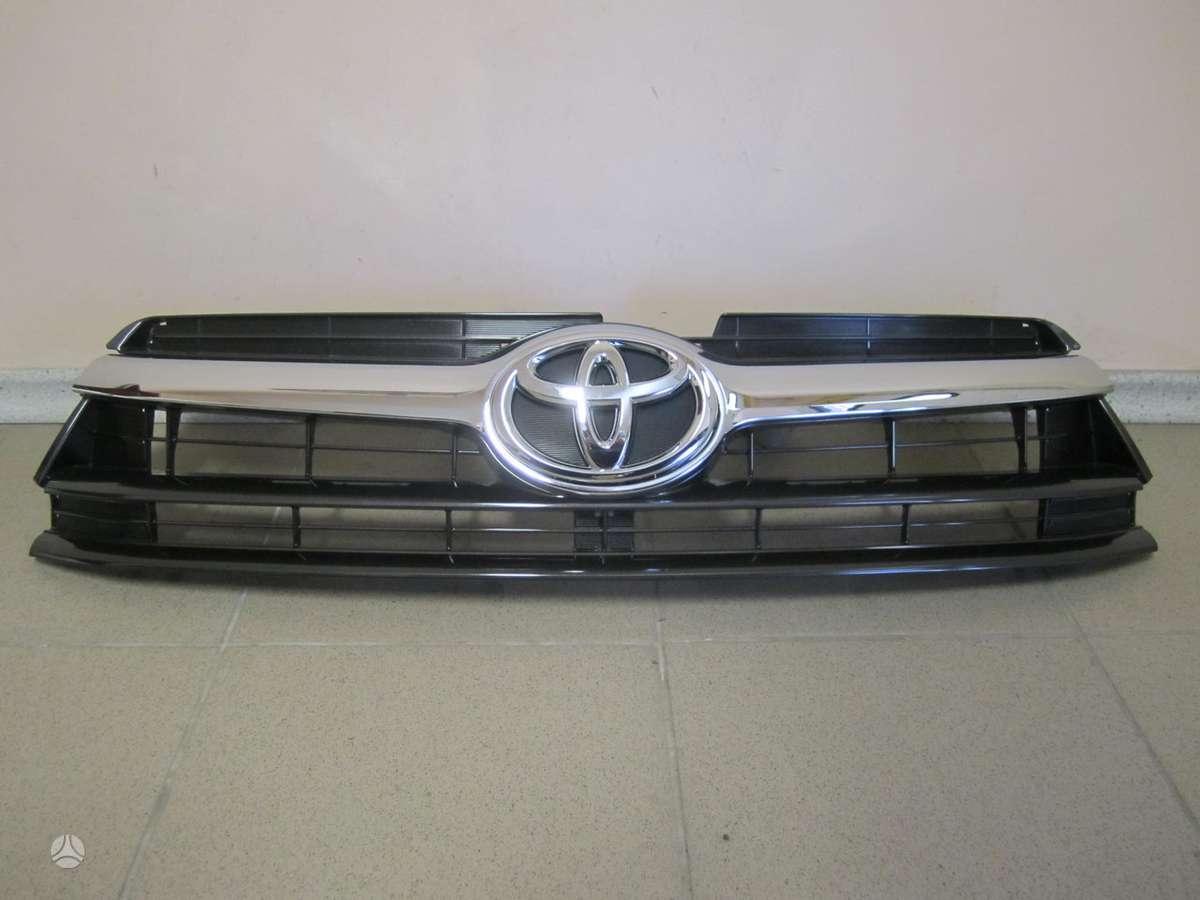 Toyota Highlander. Naudotos ir naujos japoniškų ir korėjietiškų