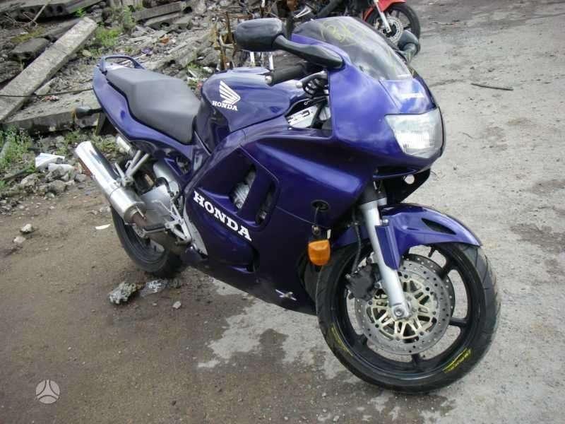 Honda CBR, sportinis