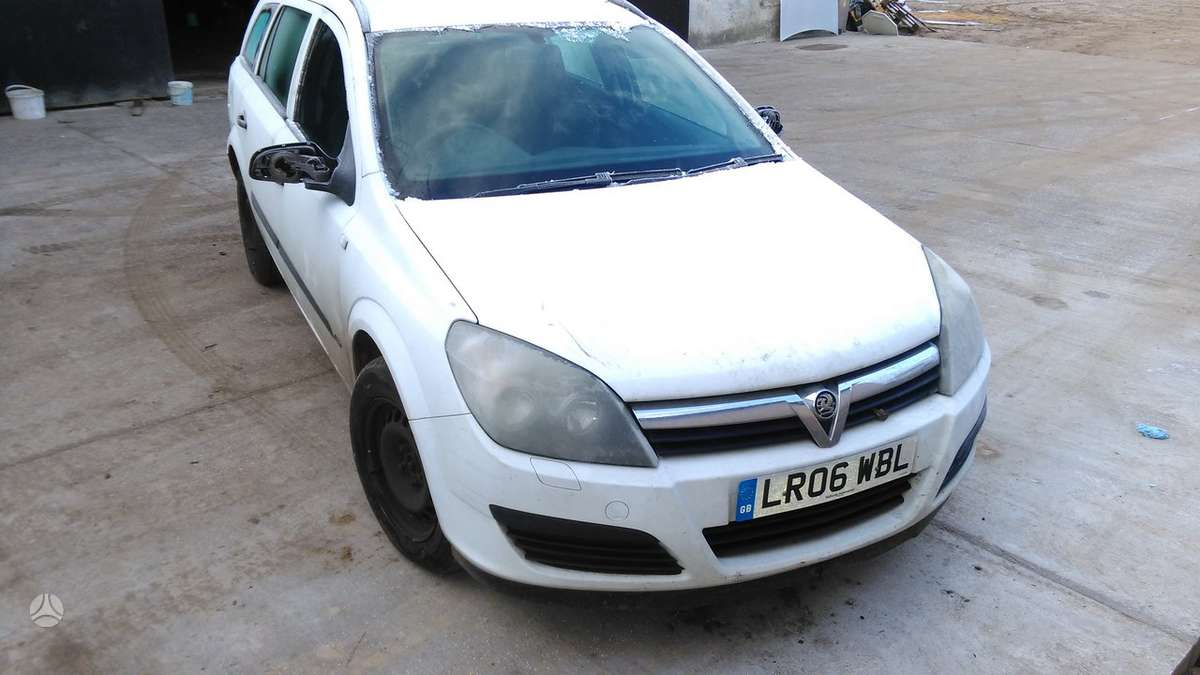 Opel Astra. Uab